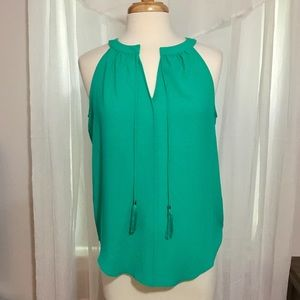 NWT Green Rose + Olive tank top size small